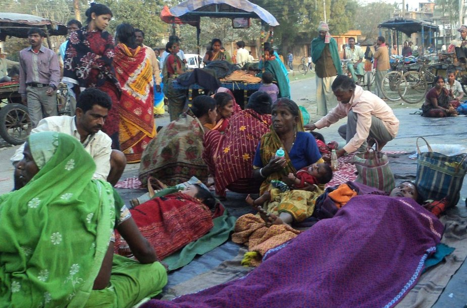 Moteris Indijoje po sterilizacijos