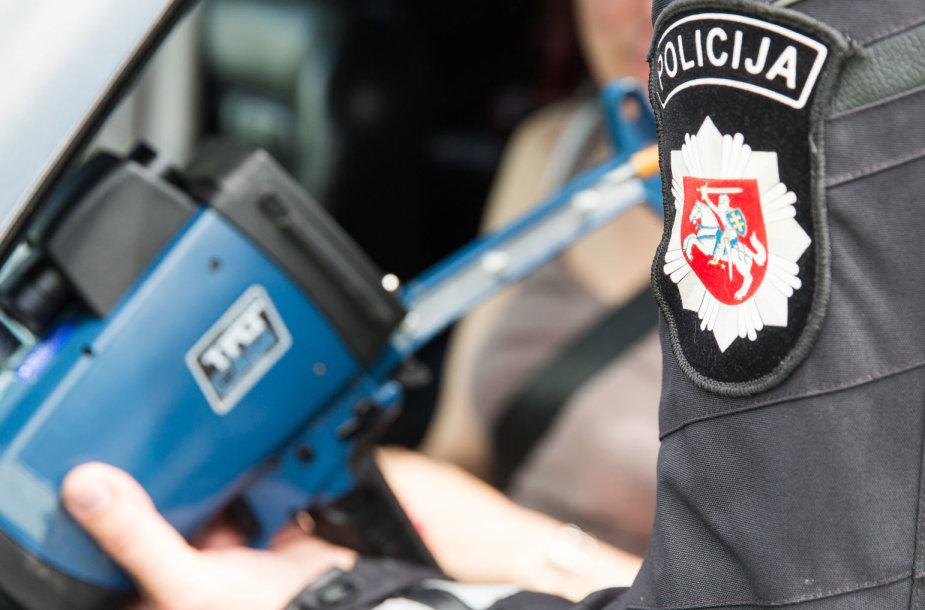 Kelių policijos reidas, nukreiptas prieš greičio mėgėjus