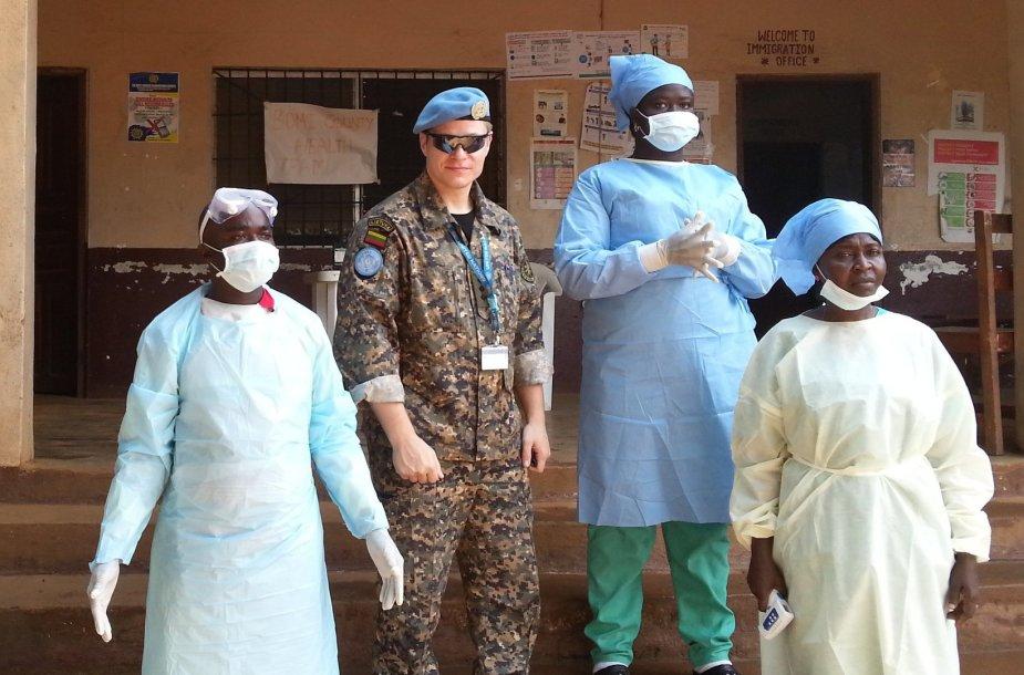 Liberiją, kurioje šiuo metu misiją atlieka M.Taraškevičius, siaučia Ebolos virusas.