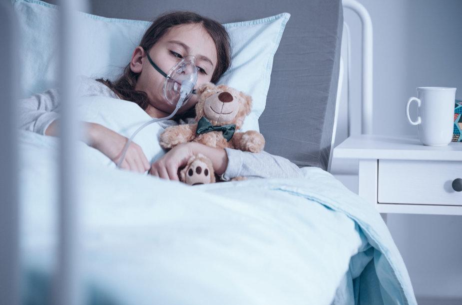Mergaitė ligoninėje