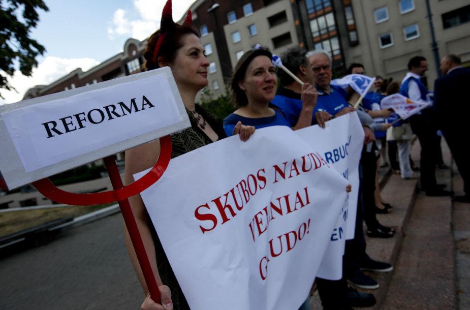 Lietuvos profesinių sąjungų konfederacijos protesto akcija