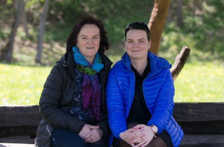Su ašaromis už antrą gyvenimo šansą mamai dėkojanti Samanta