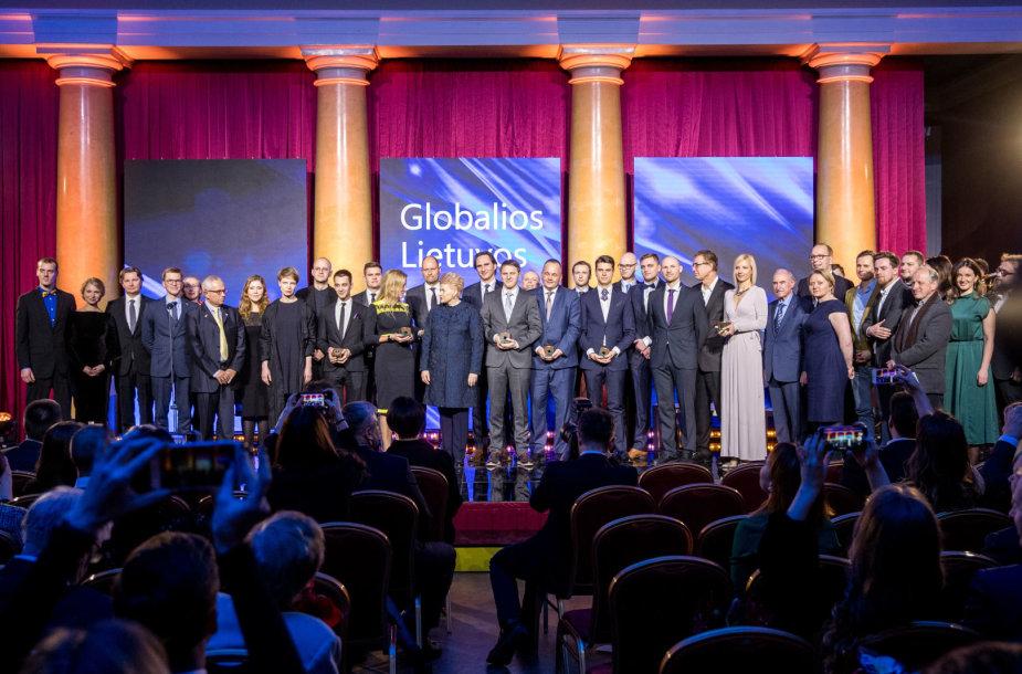 Globalios Lietuvos apdovanojimų akimirka