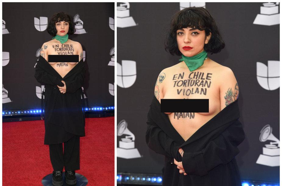 """Dainininkė Mon Laferte Lotynų Amerikos """"Grammy"""" apdovanojimuose"""