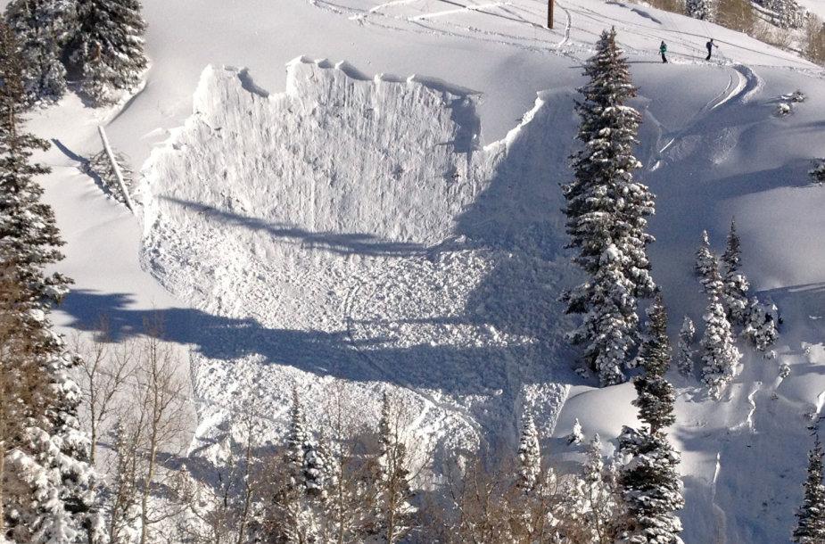 Sniego lavina lėmė nelaimė Kazachstane