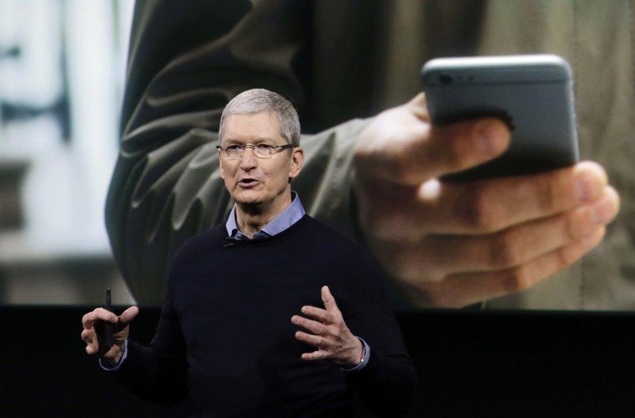 """Timas Cookas """"iPhone SE"""" pristatyme"""