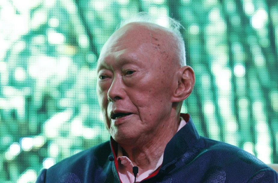 Būdamas 91-erių mirė pirmasis Singapūro premjeras Lee Kuan Yew