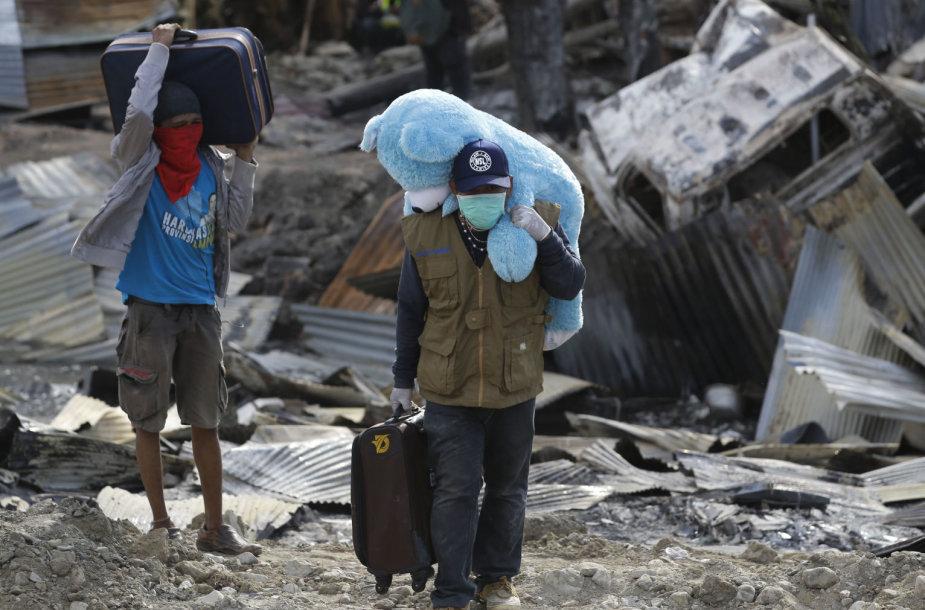 Indonezijos miestas Palu po žemės drebėjimo ir cunamio