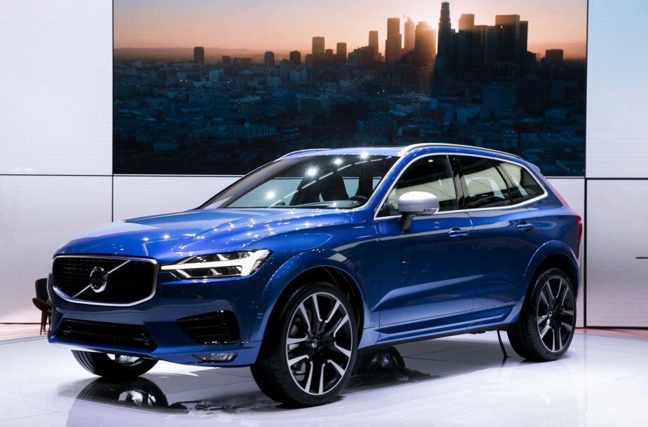 """2017-ųjų Ženevos automobilių parodoje pristatytas naujasis """"Volvo XC60"""""""