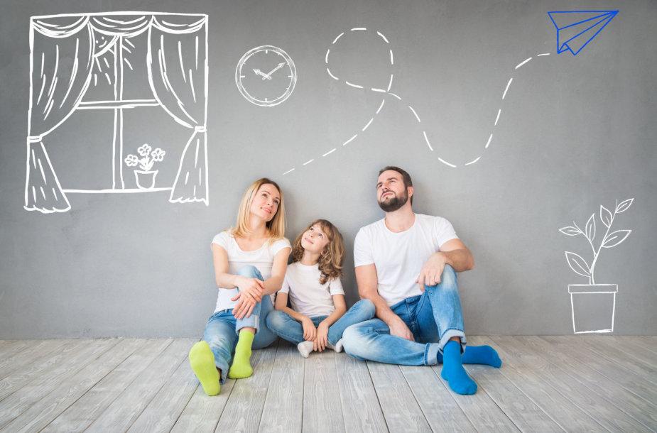 Šeima planuoja būsimą namų interjerą