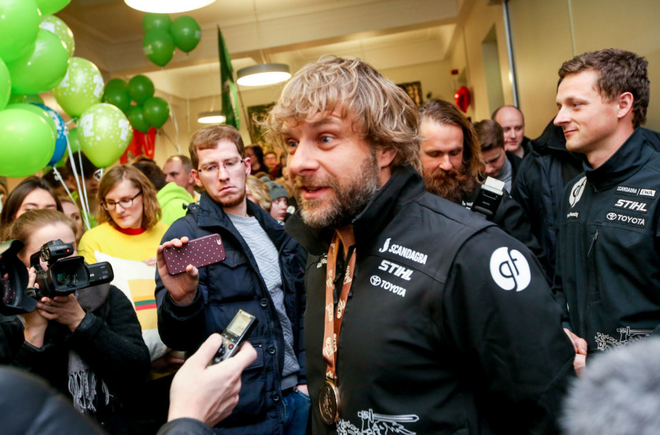 Į Lietuvą sugrįžo Dakaro ralio dalyviai