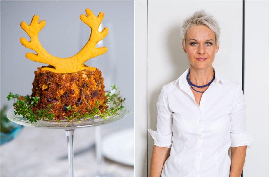 Nida Degutienė ir jos keptas brandintas kalėdinis pyragas