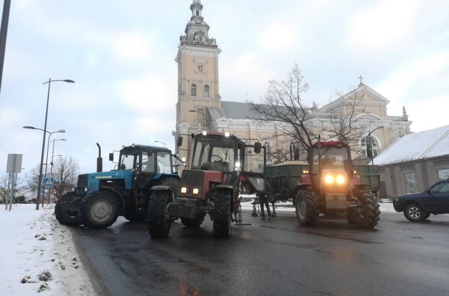 Traktoriaus avarija Joniškyje
