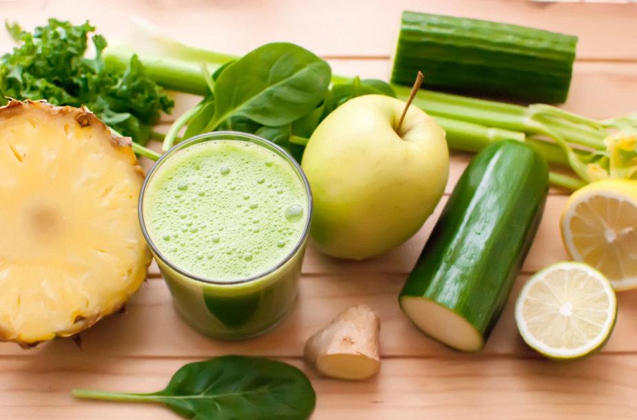Daržovių ir vaisių kokteilis