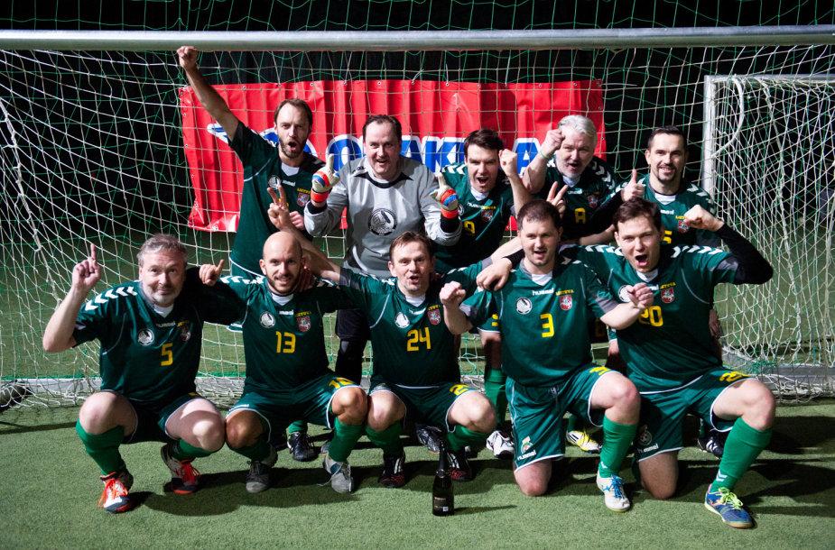 """Press'o"" futbolo komanda - turnyro laimėtoja"