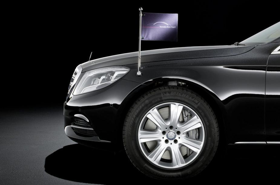 """""""Mercedes-Benz S600 Guard"""""""