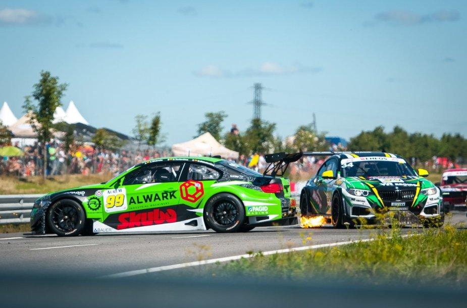 """""""Skuba Racing Team"""" komanda"""