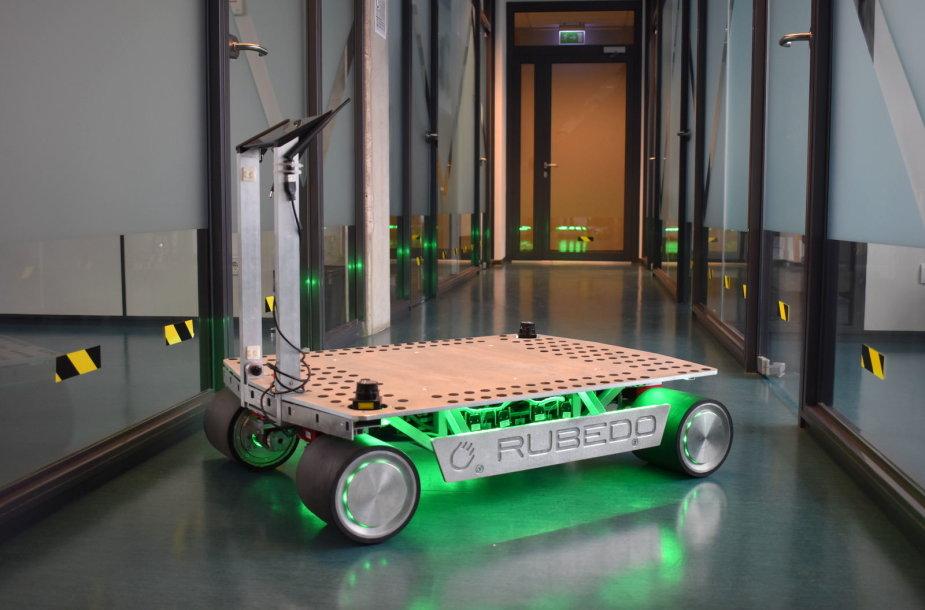 Autonominio mobilaus vežimėlio trečiasis (dabartinis) prototipas Rubedo AGV P3