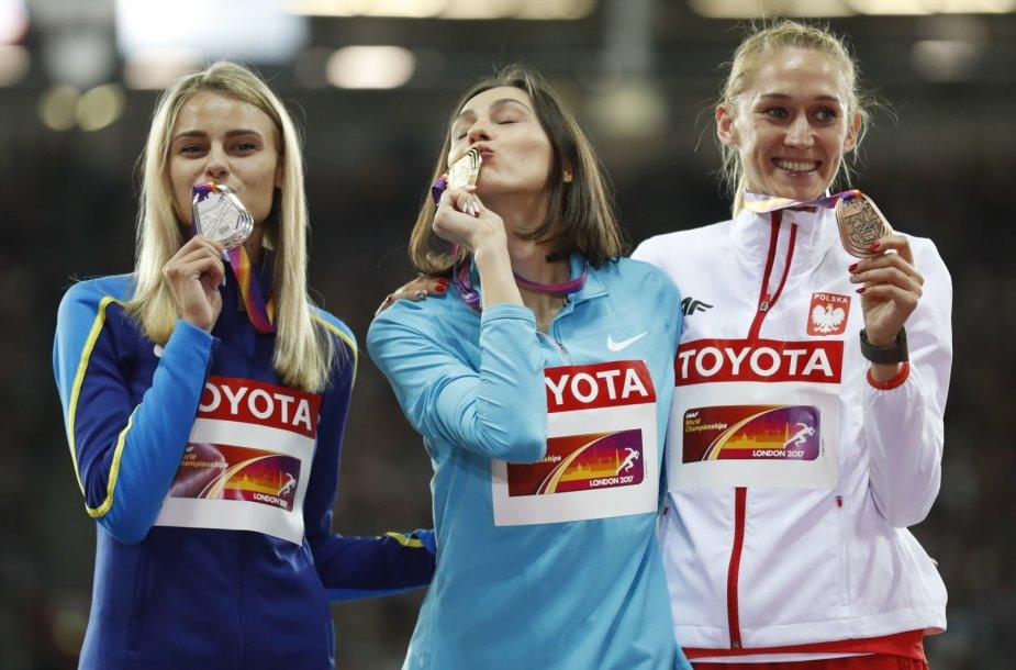 Julija Levčenka, Marija Lasickienė ir Kamila Licwinko