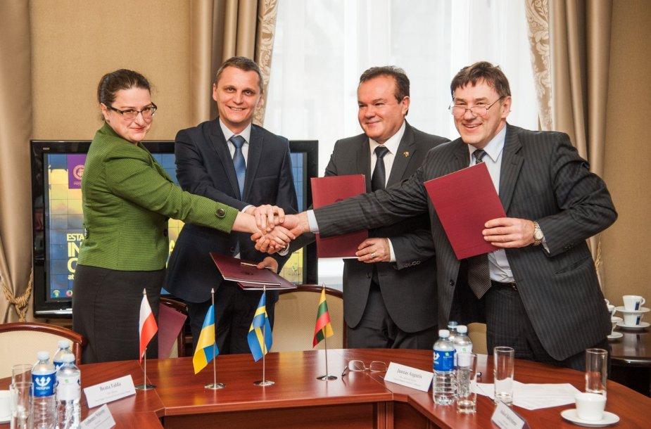 VDU konsorciumo sutartį pasirašė Ukrainos ir Lenkijos universitetai