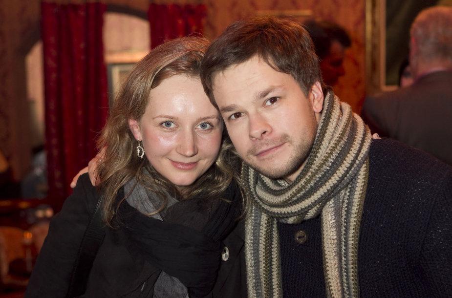 Jokūbas Bareikis su žmona Dominyka