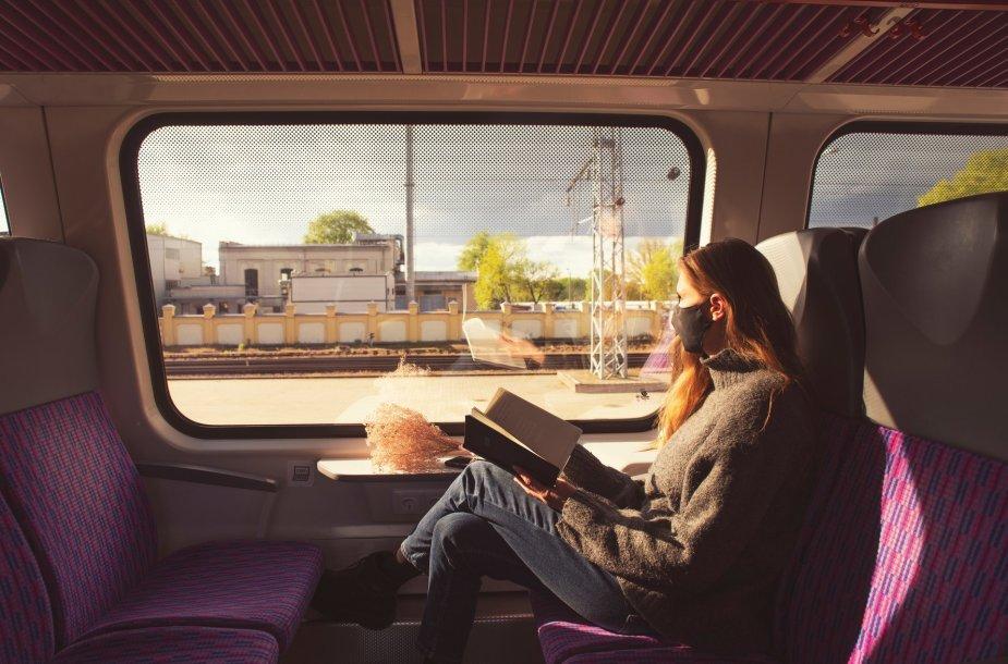 Kelionių traukiniais akimirkos