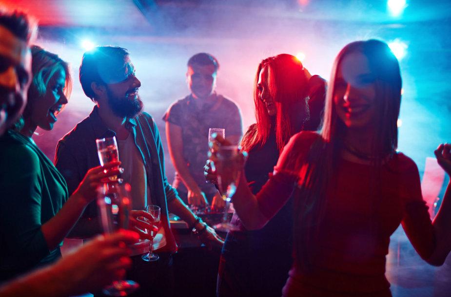 Vakarėlis, alkoholis