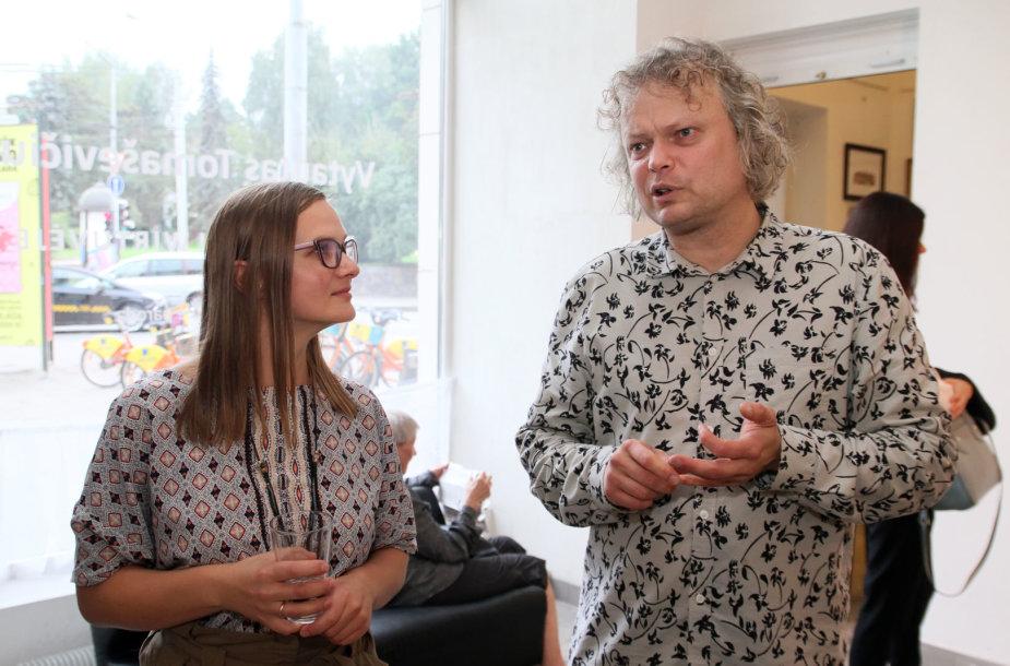Dailininkas Vytautas Tomaševičius ir klinikinė psichologė Irma Skruibienė