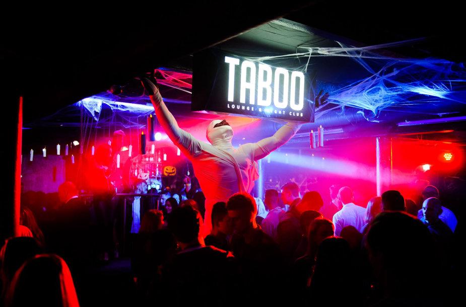 """Vakarėlio klube """"Taboo"""" akimirka"""