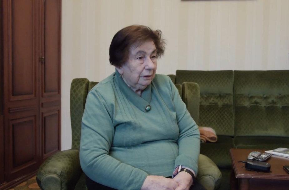 Kauno žydų bendruomenės narė Dobrė Rozenbergienė