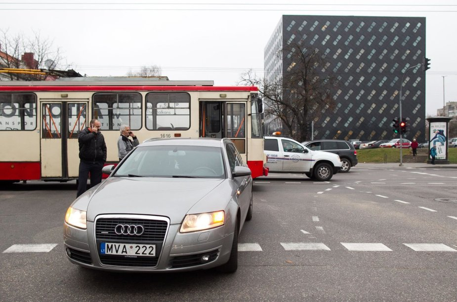 "Troleibuso ir ""Audi"" avarija Vilniuje"
