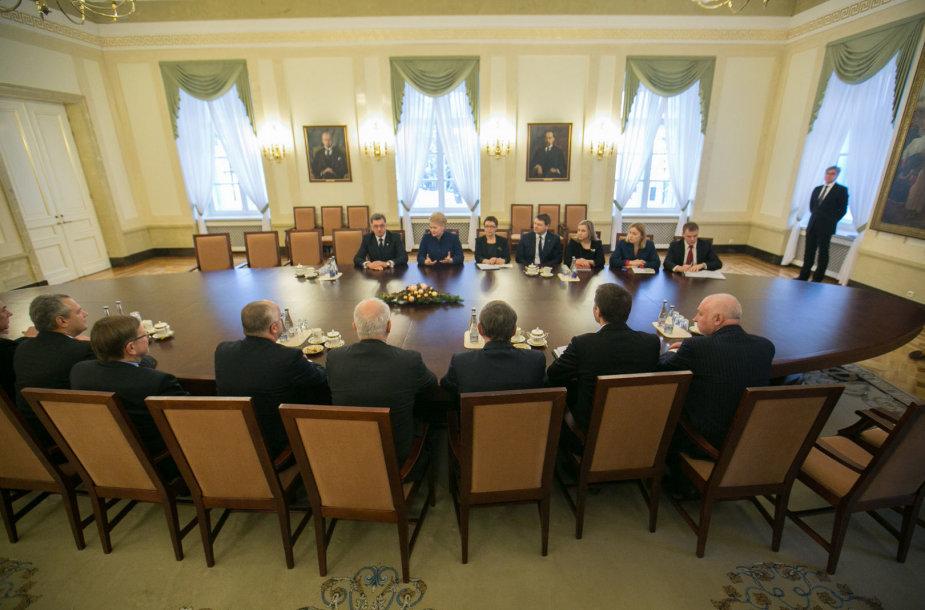 Prezidentė susitiko su Vyriausybe