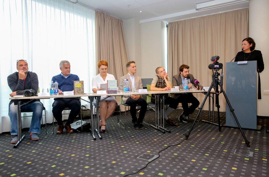 """Pirmadienį spaudos konferencijoje leidykla """"Tyto alba"""" pristatė lietuvių autorių knygas, kurios knygynų lentynas pasieks 2017–2018 metais"""