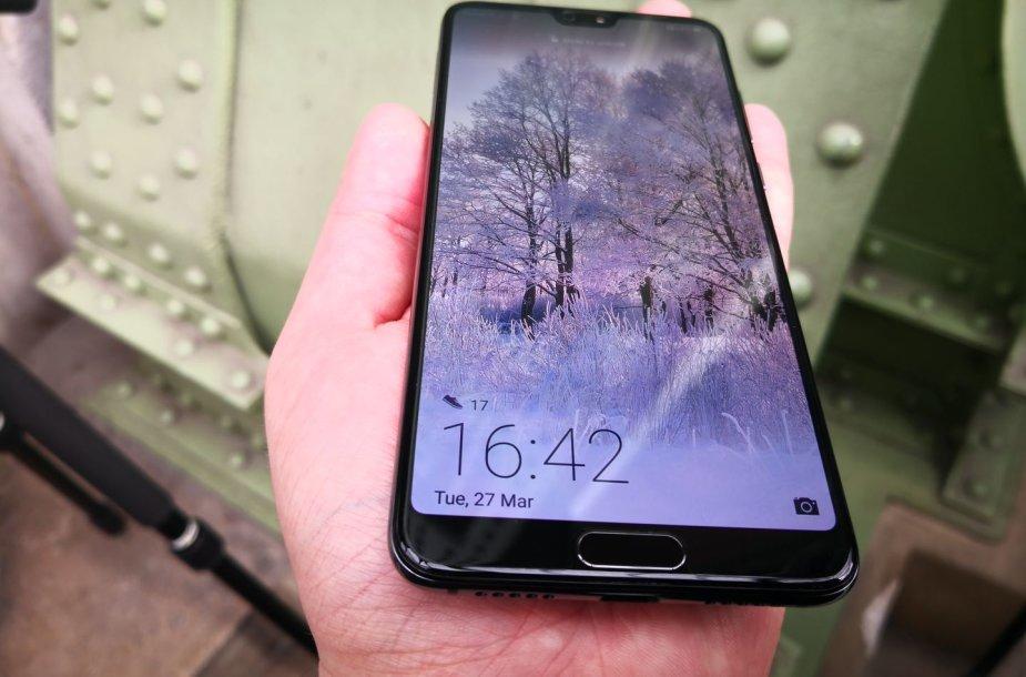 """""""Huawei P20 Pro"""" pristatymas"""