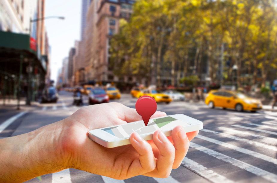 Išmanusis telefonas – nepakeičiamas pagalbininkas kelionėje