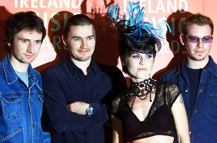 "Grupė ""The Cranberries"" su vokaliste Dolores O'Riordan"