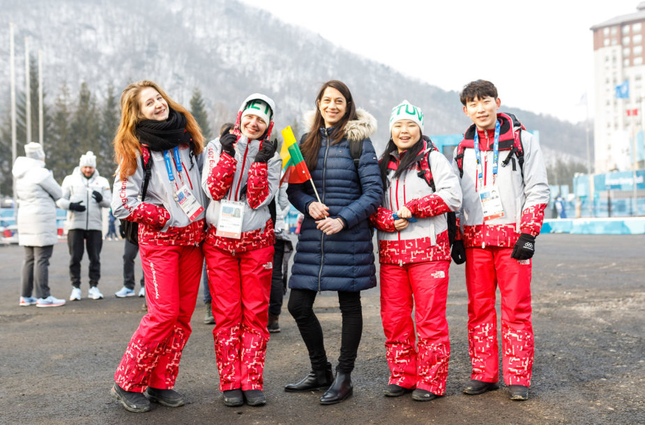 Pjongčango olimpiniame kaimelyje Lietuvos prezidentė Dalia Grybauskaitė aplankė mūsų šalies olimpiečius.