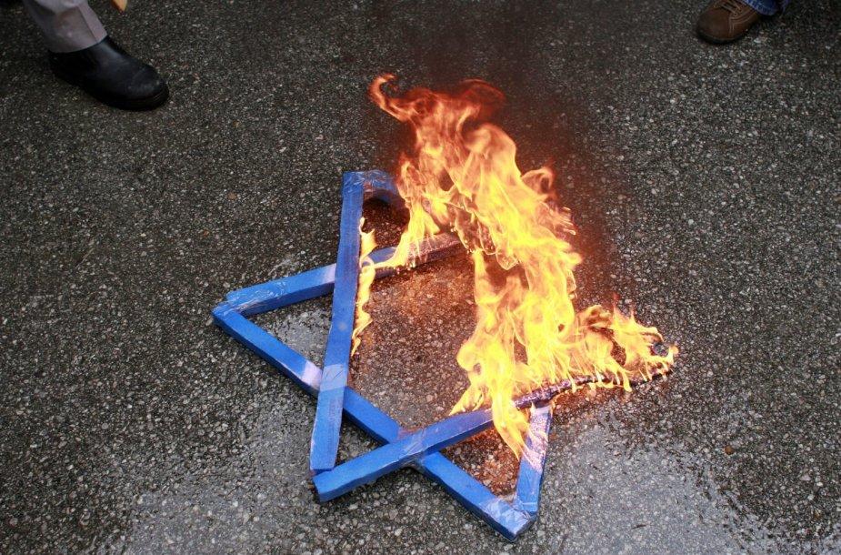 Antisemitizmas plinta Europoje