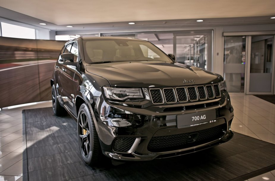 """Jeep Grand Cherokee Trackhawk"""