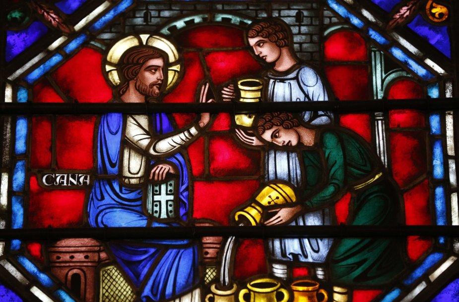 Bažnyčios vitražas