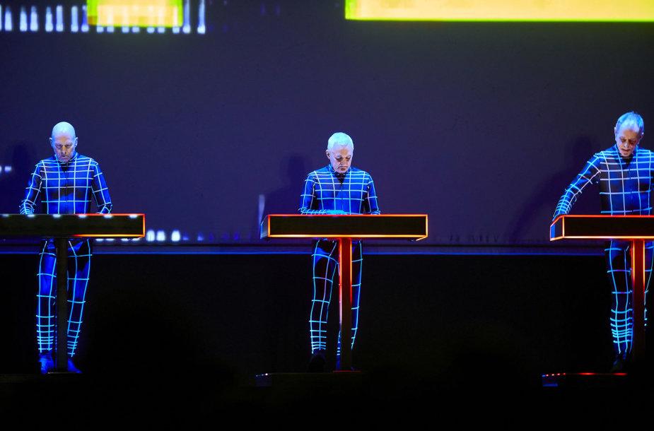 """""""Kraftwerk"""" šou"""