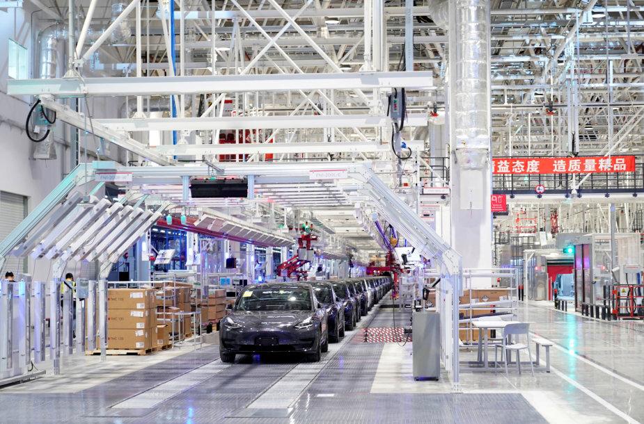 """Tesla"" gamykla Šanchajuje"