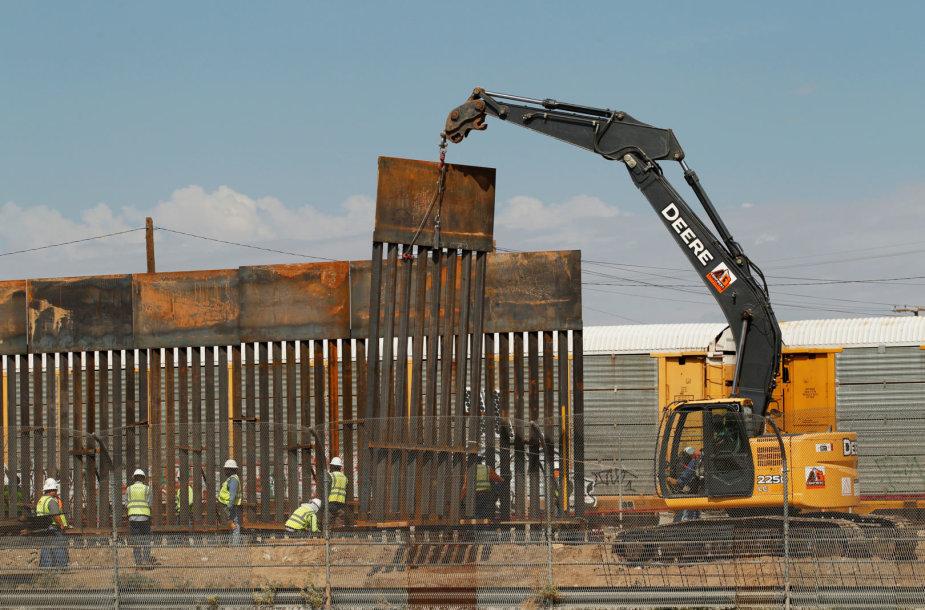 Statoma tvora ties JAV ir Meksikos siena