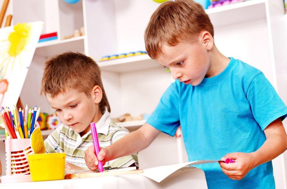 Vaikai darželyje