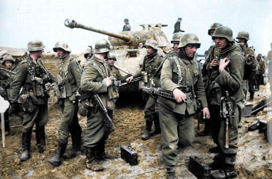 Nacių kariai Antrojo pasaulinio karo metu