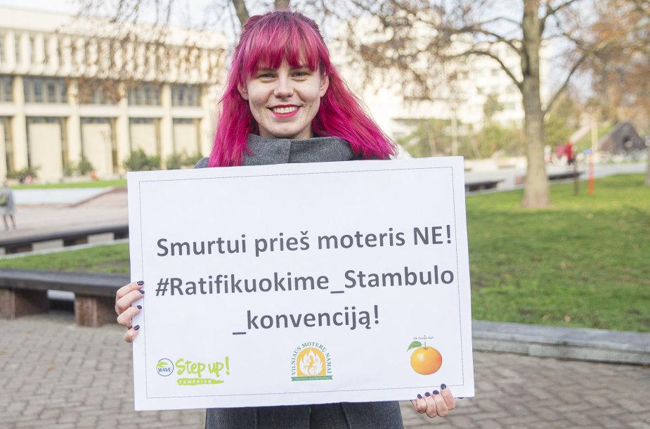 Vilniaus Moterų namai rengia akciją išreikšti paramą smurto prieš moteris įveikimui