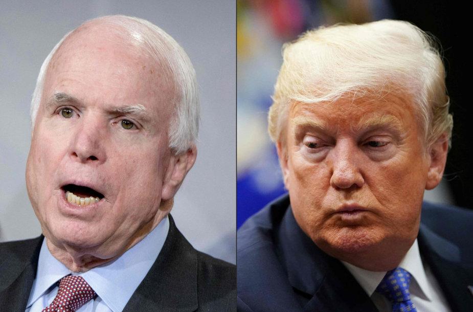 Johnas McCainas ir Donaldas Trumpas