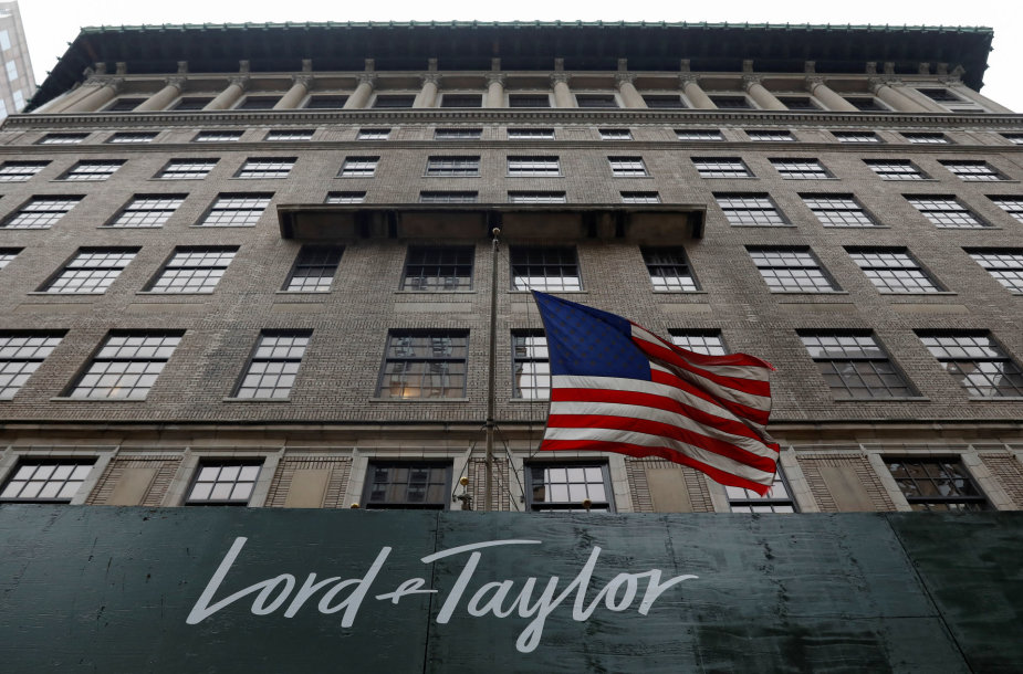 """""""Lord & Taylor"""""""