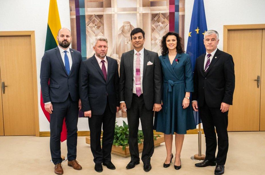 Ketinimų protokolo pasirašymas su Indijos investuotoju Prafulla Gattani