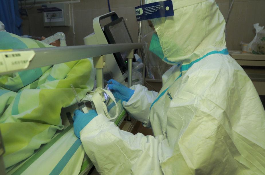 Pacientą Uhano mieste slaugo medikai